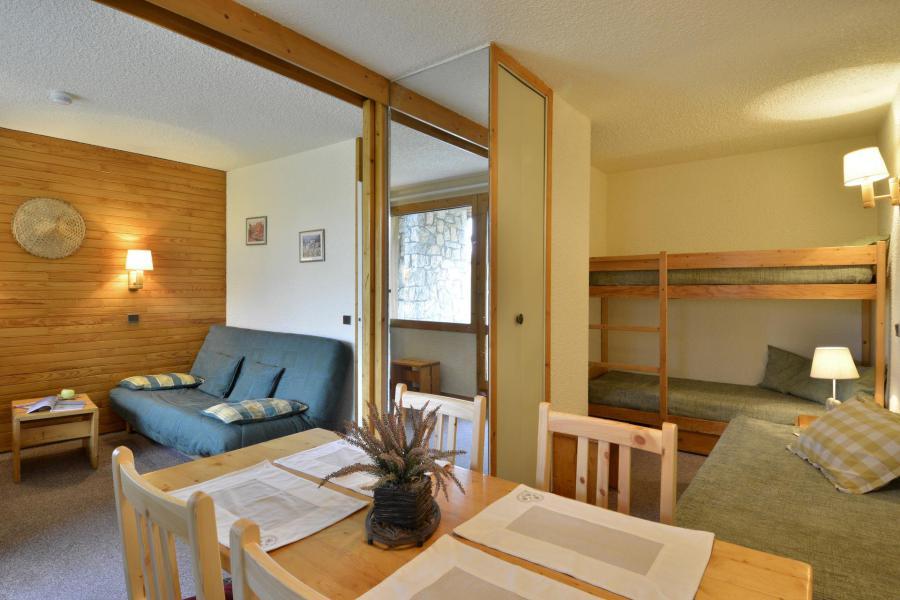 Holiday in mountain resort Studio 4 people (40) - La Résidence Améthyste - La Plagne - Table