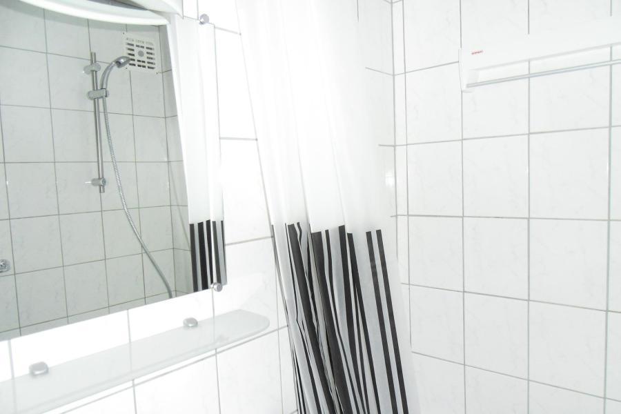 Holiday in mountain resort Studio cabin mezzanine 5 people (84) - La Résidence Améthyste - La Plagne - Bathroom