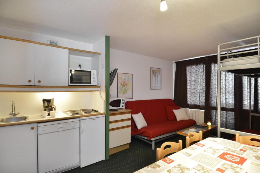 Holiday in mountain resort 3 room apartment 5 people (100) - La Résidence Andromède - La Plagne