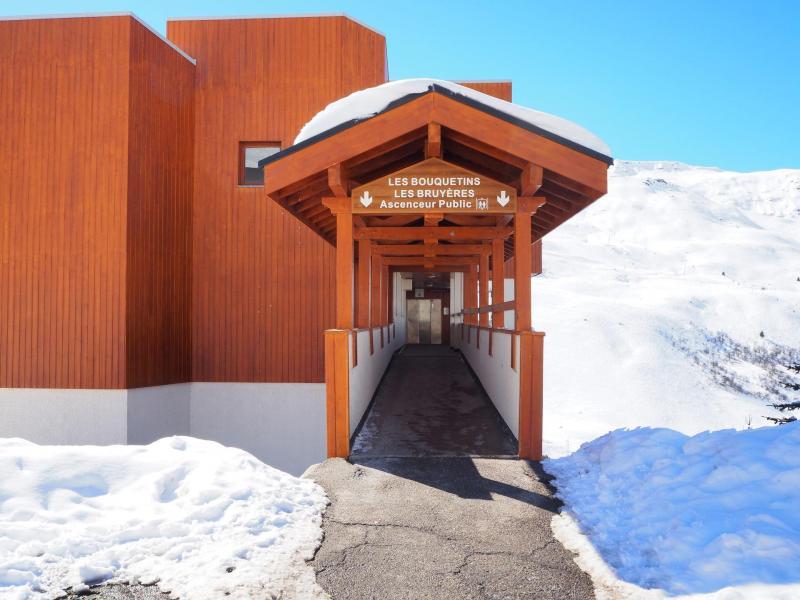 Holiday in mountain resort La Résidence Boëdette - Les Menuires