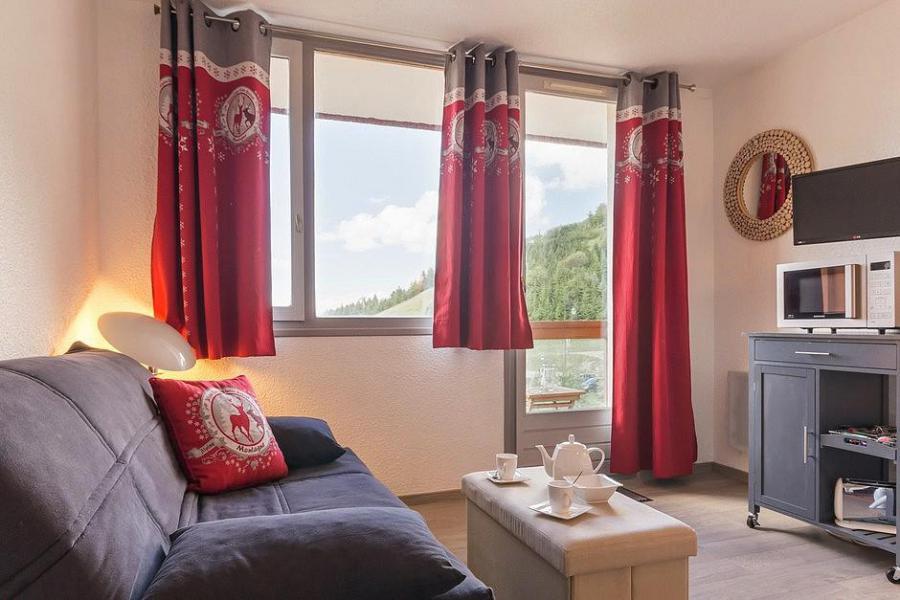 Holiday in mountain resort Studio sleeping corner 4 people (809) - La Résidence Boëdette - Les Menuires