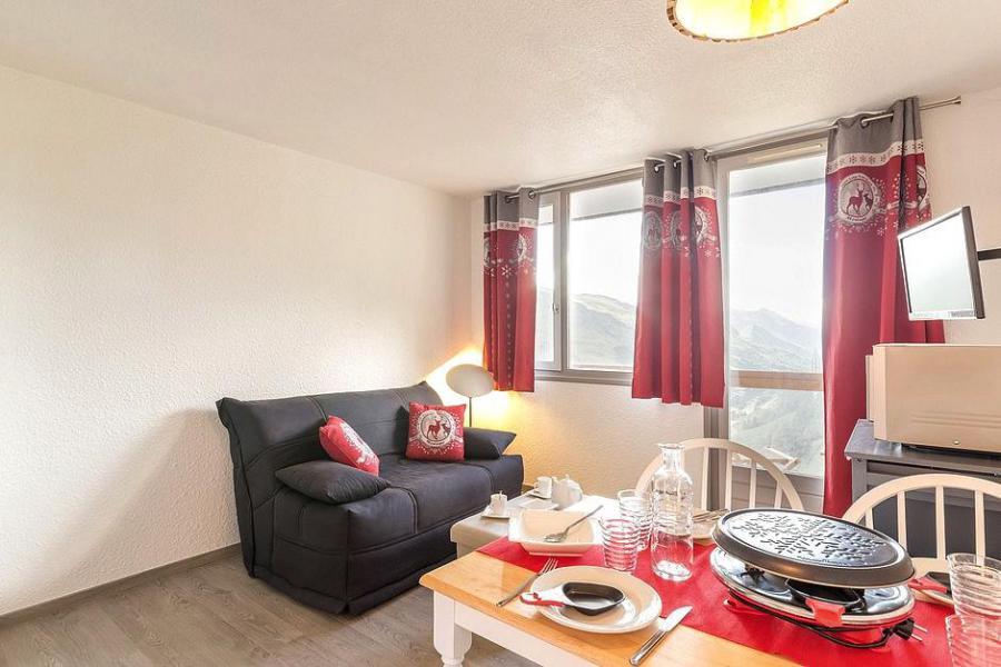 Holiday in mountain resort Studio sleeping corner 4 people (809) - La Résidence Boëdette - Les Menuires - Living room