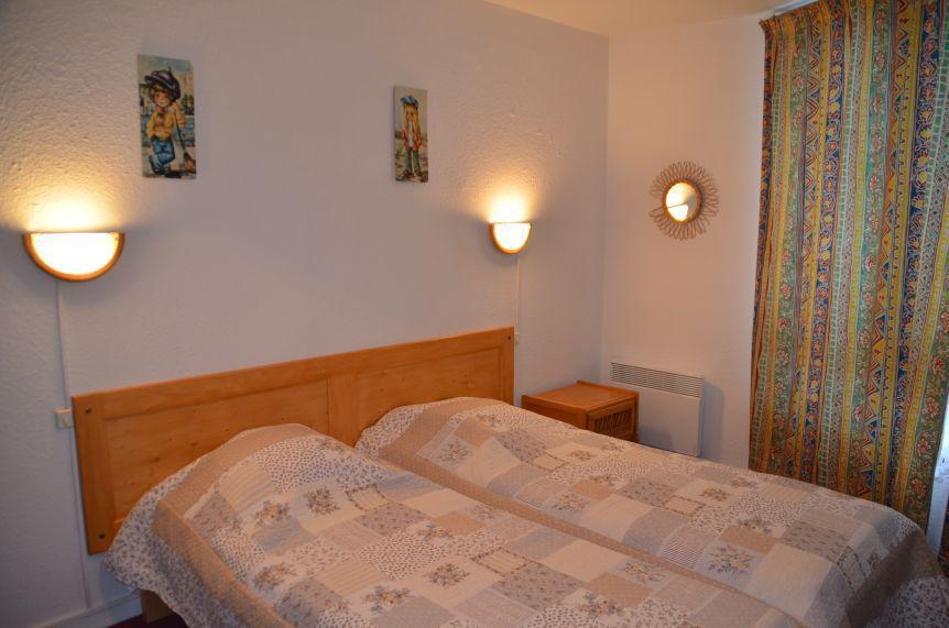 Vacances en montagne Appartement 2 pièces 5 personnes (201) - La Résidence Caron - Les Menuires -