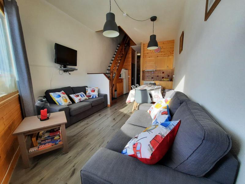 Vacances en montagne Appartement duplex 4 pièces 8 personnes (1518) - La Résidence Caron - Les Menuires - Séjour