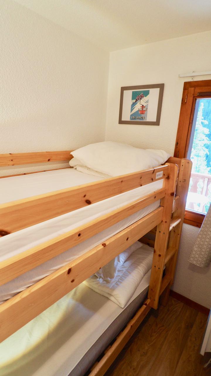 Vacaciones en montaña Apartamento 2 piezas para 4 personas (22) - La Résidence Chavière - Valfréjus - Camas literas