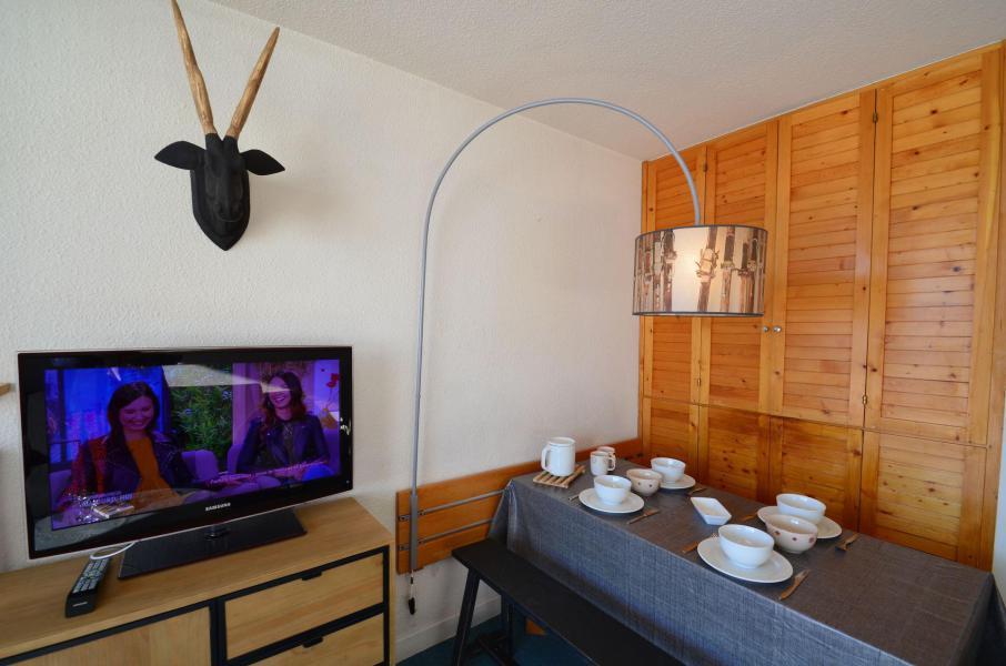 Vacances en montagne Appartement 2 pièces 4 personnes (223) - La Résidence Chavière - Les Menuires - Coin repas
