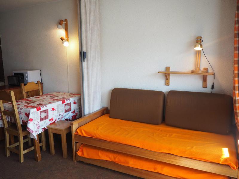 Vacances en montagne Studio 4 personnes (0509) - La Résidence Côte Brune - Les Menuires - Canapé-lit
