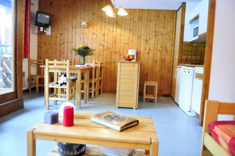 Urlaub in den Bergen La Résidence du Téléphérique - Morzine - Wohnzimmer