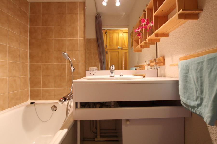 Holiday in mountain resort 4 room duplex apartment 6 people (A43) - La Résidence Ferme d'Augustin - Montgenèvre - Bathroom