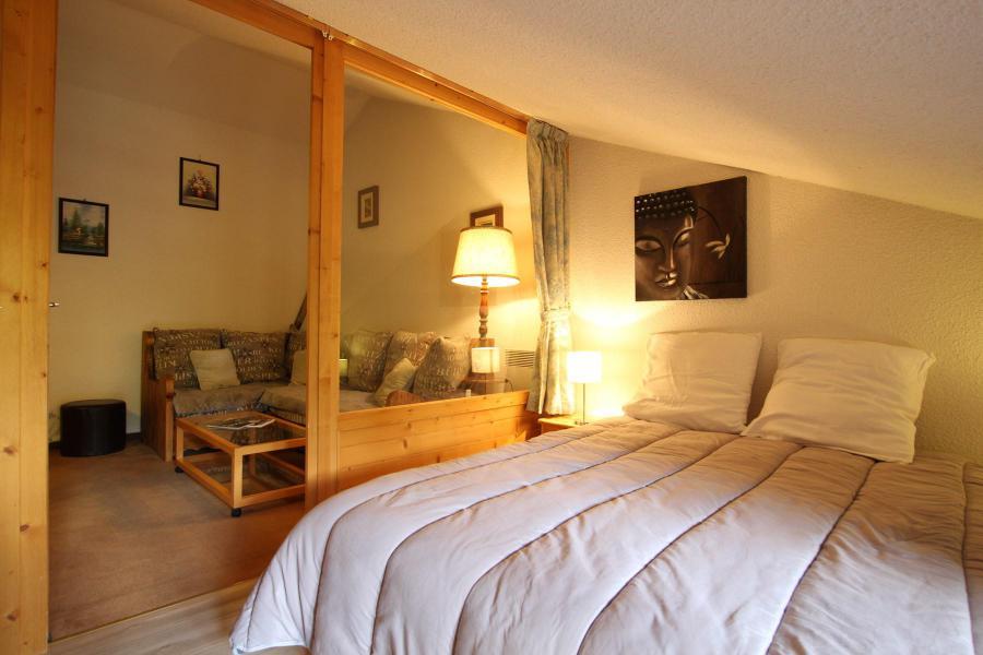 Holiday in mountain resort 4 room duplex apartment 6 people (A43) - La Résidence Ferme d'Augustin - Montgenèvre - Bedroom