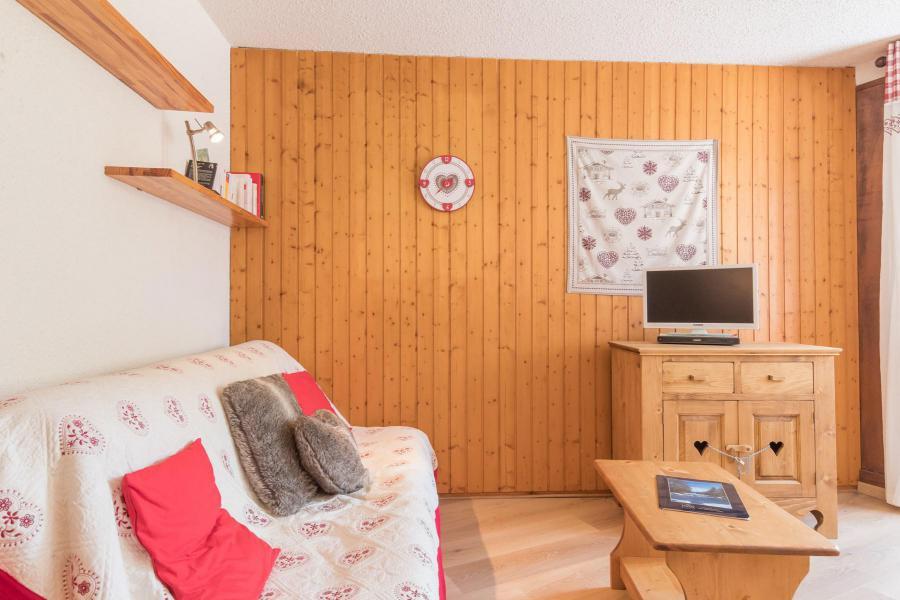 Holiday in mountain resort 2 room apartment sleeping corner 6 people (ground floor) (HUMD5) - La Résidence Ferme d'Augustin - Montgenèvre