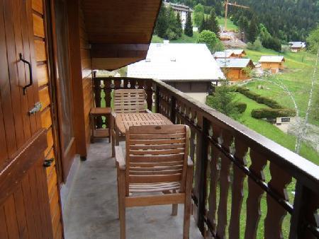 Ski verhuur Appartement 4 kamers 6 personen - La Résidence Forsythia - Châtel - Buiten zomer
