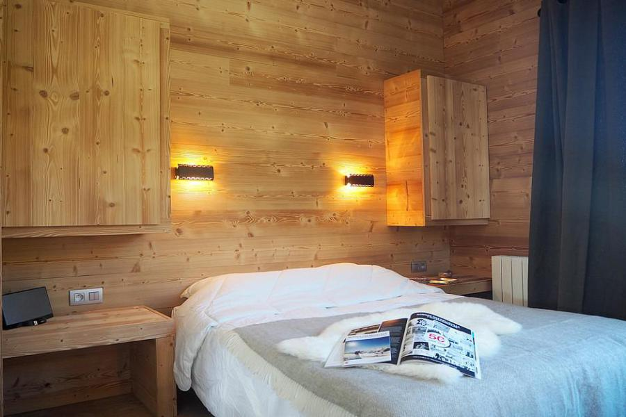 Holiday in mountain resort 4 room duplex apartment 8 people (806) - La Résidence Grande Masse - Les Menuires - Double bed