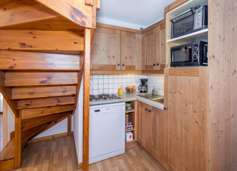 Vacaciones en montaña Apartamento dúplex 5 piezas 10 personas - La Résidence Hameau des Ecrins - Puy-Saint-Vincent - Cocina