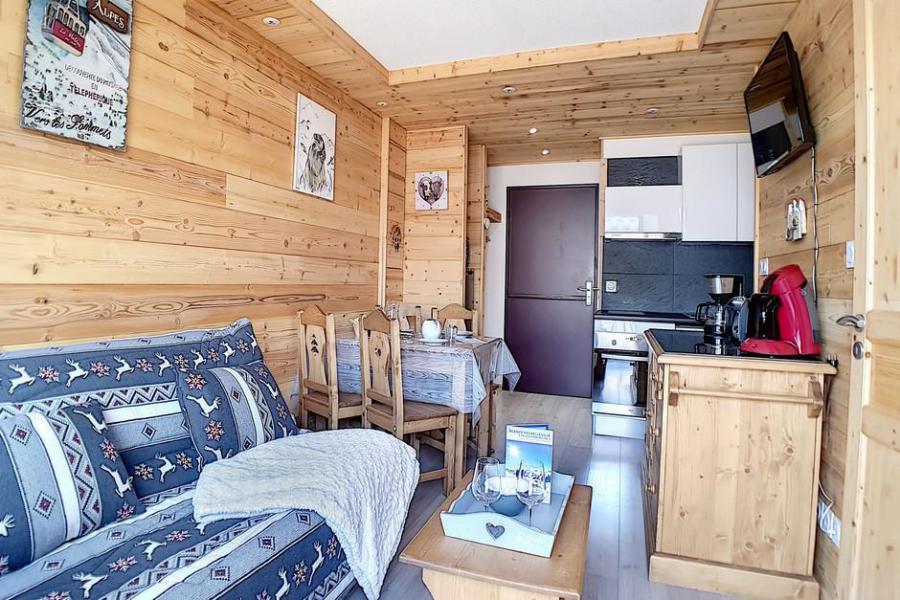 Wakacje w górach Apartament 2 pokojowy 4 osób (018) - La Résidence l'Orée des Pistes - Les Menuires - Pokój gościnny
