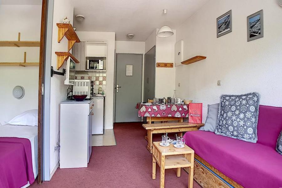 Wakacje w górach Apartament 2 pokojowy 4 osób (0207) - La Résidence l'Orée des Pistes - Les Menuires - Pokój gościnny