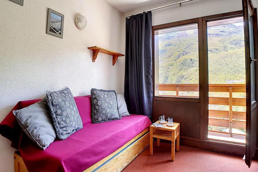 Wakacje w górach Apartament 2 pokojowy 4 osób (0207) - La Résidence l'Orée des Pistes - Les Menuires - Rozkładaną sofą