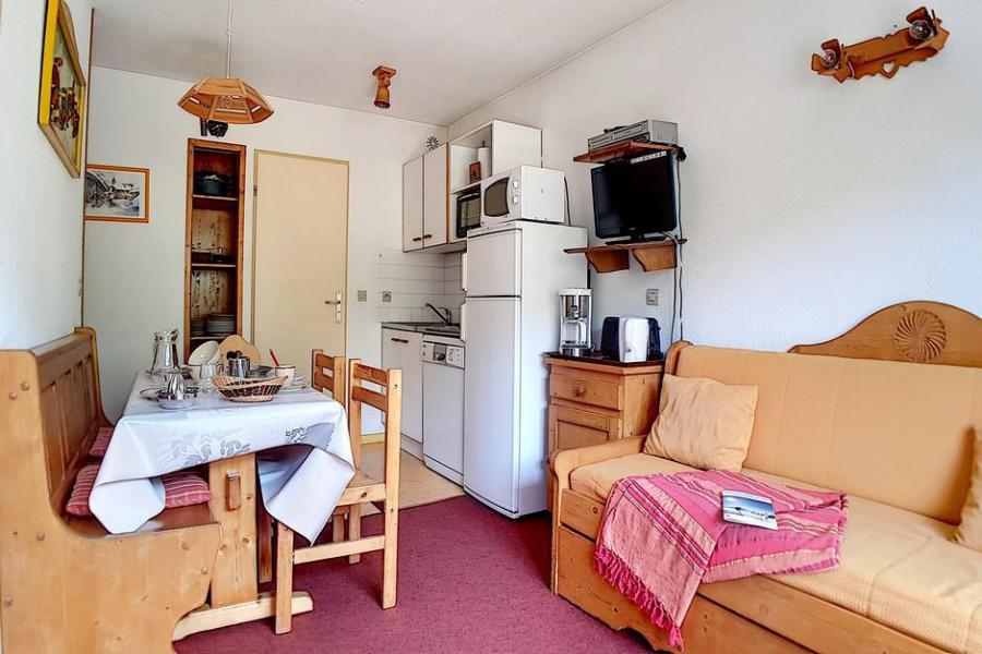 Wakacje w górach Apartament 2 pokojowy 5 osób (009) - La Résidence l'Orée des Pistes - Les Menuires - Tapczanem