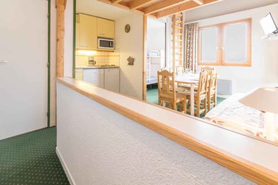 Holiday in mountain resort 3 room mezzanine apartment 6 people (404) - La Résidence le 3ème Dé - Montchavin - La Plagne - Kitchenette