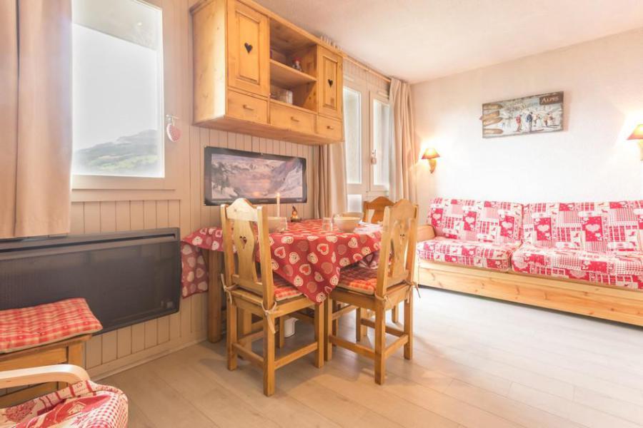 Holiday in mountain resort Studio cabin 4 people (BAI2) - La Résidence le Bastion I - Montchavin - La Plagne - Kitchenette