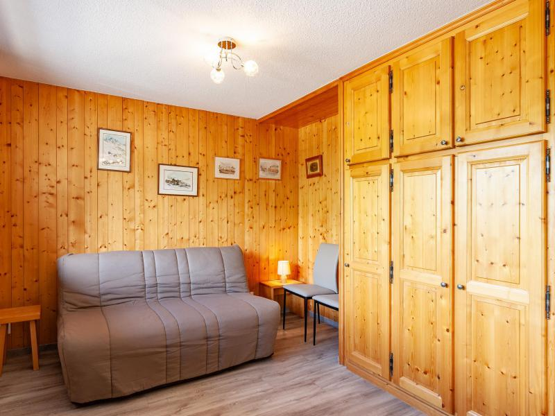 Holiday in mountain resort 2 room apartment 5 people (B2) - La Résidence le Christmas - Méribel - Bed-settee
