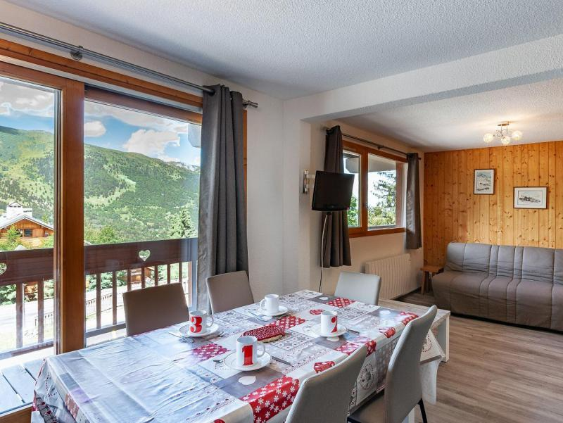 Holiday in mountain resort 2 room apartment 5 people (B2) - La Résidence le Christmas - Méribel - Table