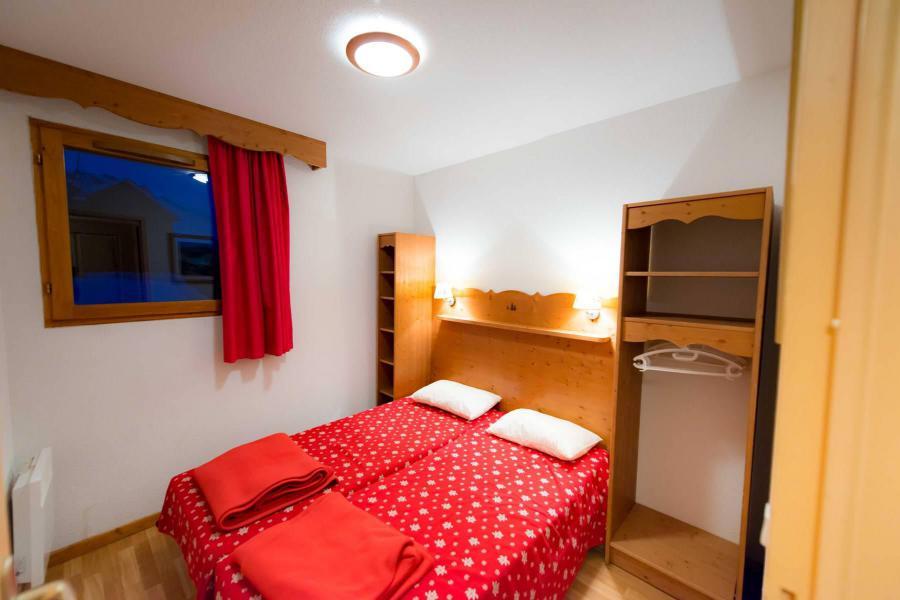 Vacaciones en montaña Apartamento cabina 3 piezas para 8 personas (C102) - La Résidence le Hameau des Ecrins - Puy-Saint-Vincent