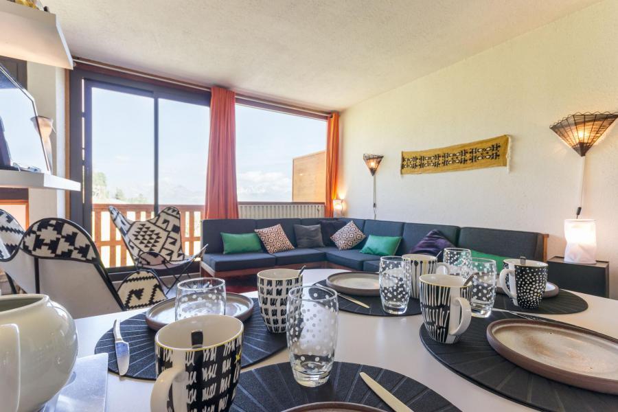 Holiday in mountain resort 2 room apartment 6 people (46) - La Résidence le Kilimandjaro - La Plagne - Table