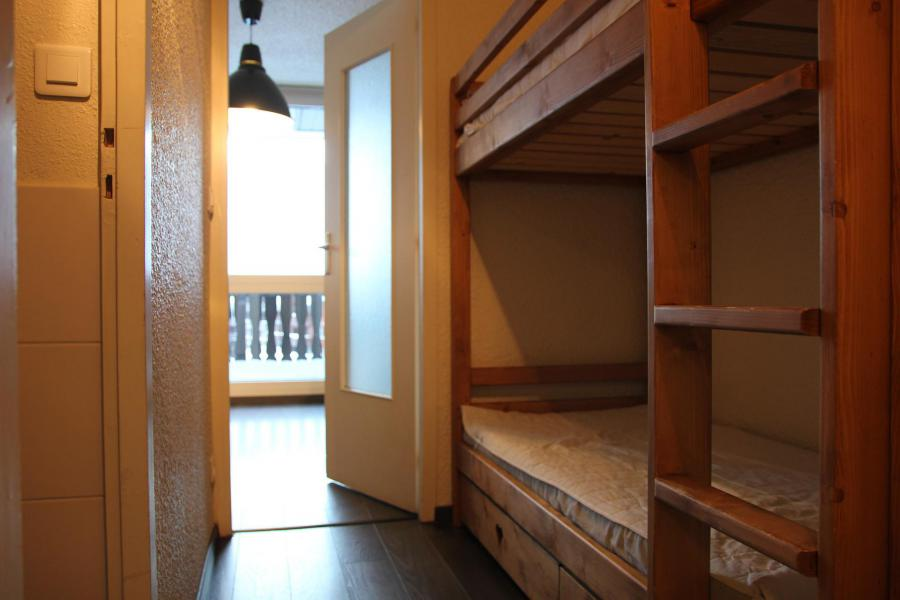 Holiday in mountain resort 3 room apartment cabin 6 people (313) - La Résidence le Lac du Lou - Val Thorens