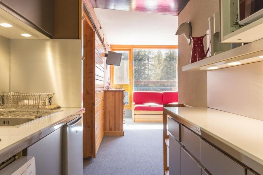 Holiday in mountain resort Studio sleeping corner 4 people (415) - La Résidence le Miravidi - Les Arcs - Living room