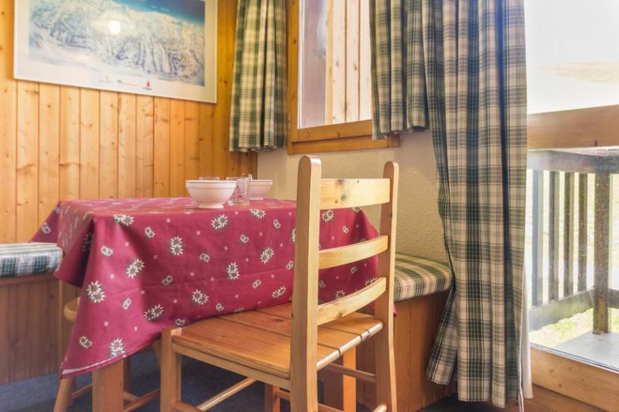 Holiday in mountain resort Studio 4 people (09) - La Résidence le Perce Neige - La Plagne - Table