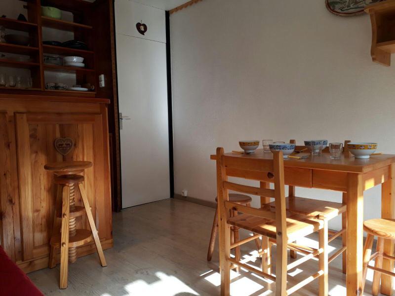 Holiday in mountain resort Studio 2 people (25) - La Résidence le Serro Torre - La Plagne - Living room