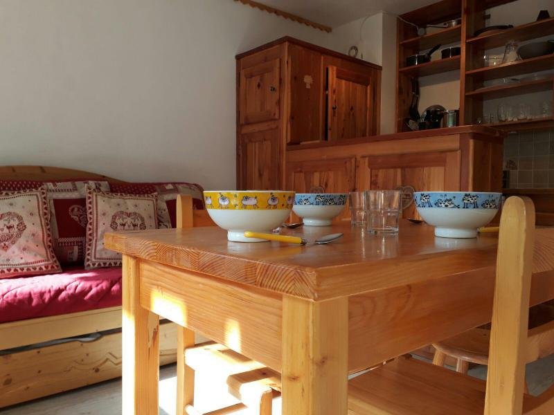 Holiday in mountain resort Studio 2 people (25) - La Résidence le Serro Torre - La Plagne - Table