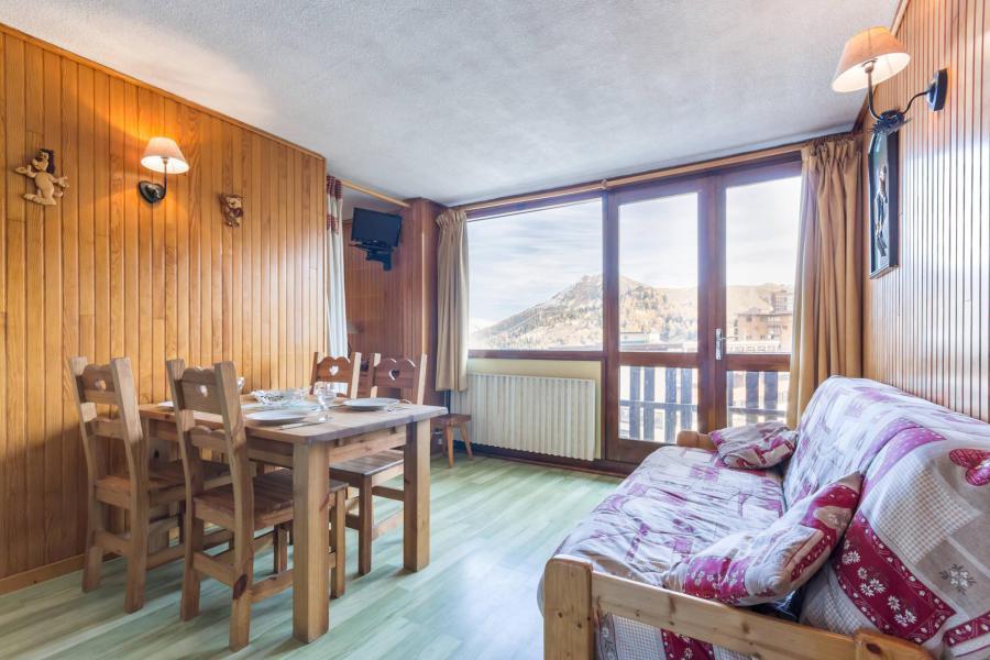 Holiday in mountain resort Studio 4 people (31) - La Résidence le Serro Torre - La Plagne - Table