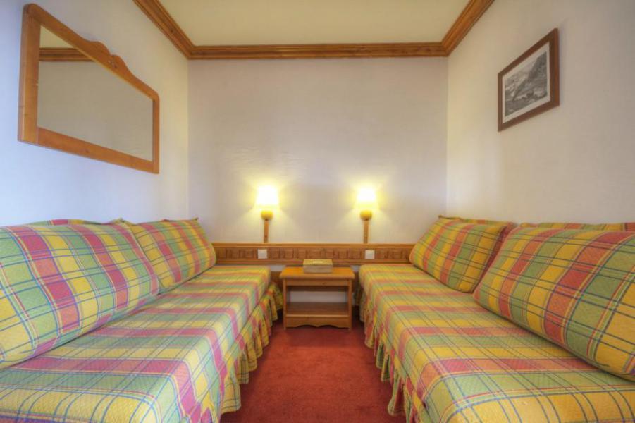 Vakantie in de bergen La Résidence le Thuria - Les Arcs - Pull-out sofa