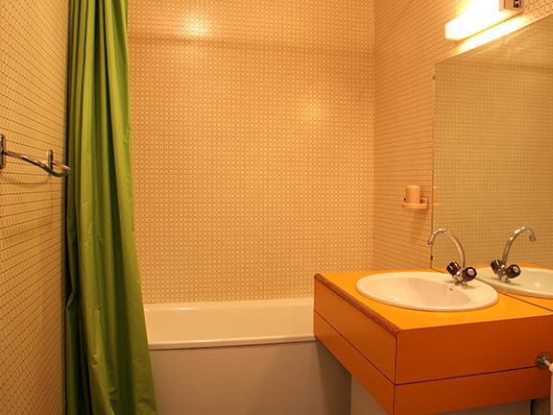 Holiday in mountain resort Studio 3 people (050) - La Résidence les Carlines - Les Menuires - Bathroom