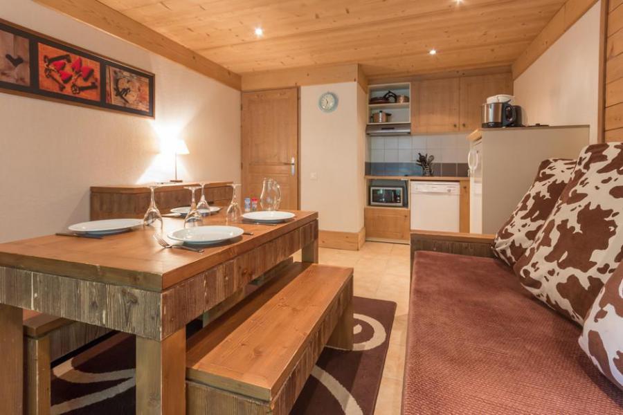 Holiday in mountain resort 3 room apartment 6 people (A5BIS) - La Résidence les Chalets de Wengen - Montchavin La Plagne - Dining area