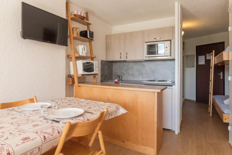 Holiday in mountain resort Studio sleeping corner 4 people (VAD319) - La Résidence les Chalmettes - Montgenèvre