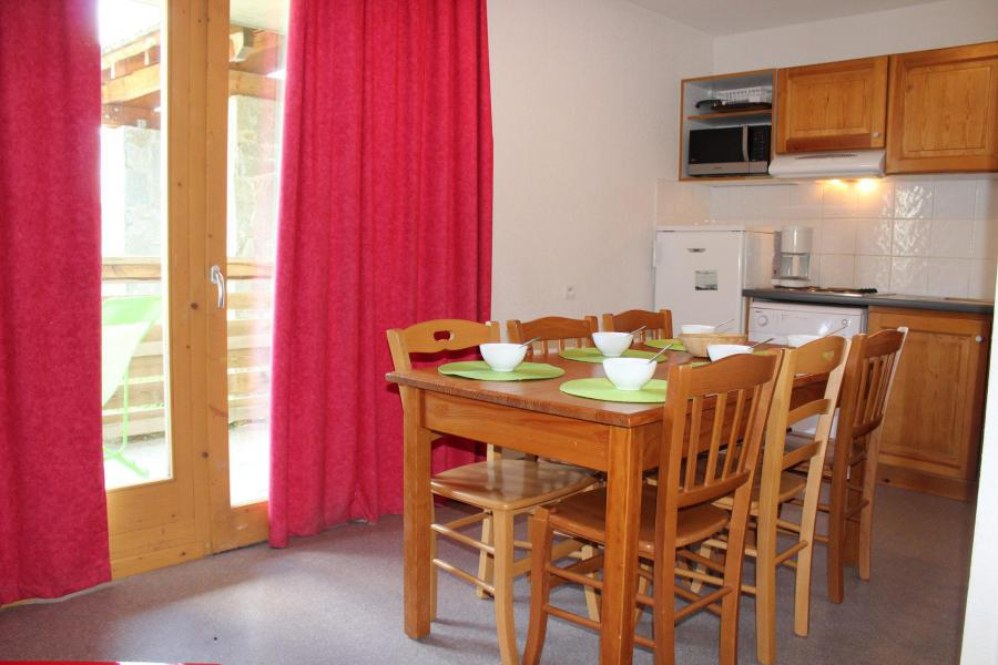 Vacaciones en montaña Apartamento cabina 2 piezas para 6 personas (CE15) - La Résidence les Chaumettes - Superdévoluy