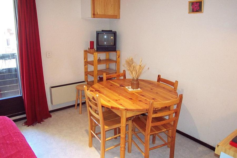 Wakacje w górach Apartament 2 pokojowy 4 osób (0001) - La Résidence Les Colchiques - Vars - Pokój gościnny