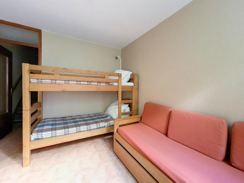 Holiday in mountain resort 2 room duplex apartment 6 people (C8) - La Résidence les Lauzes - Les Menuires