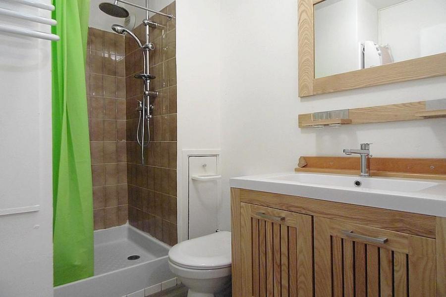 Holiday in mountain resort Studio 2 people (435) - La Résidence les Origanes - Les Menuires - Bathroom