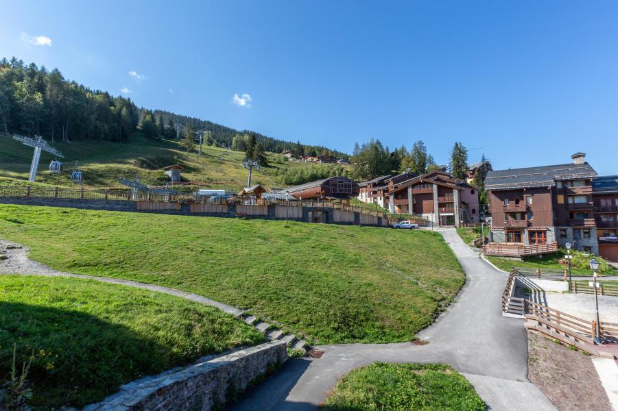 Vacances en montagne Studio 4 personnes (008) - La Résidence les Pentes - Montchavin La Plagne - Extérieur été