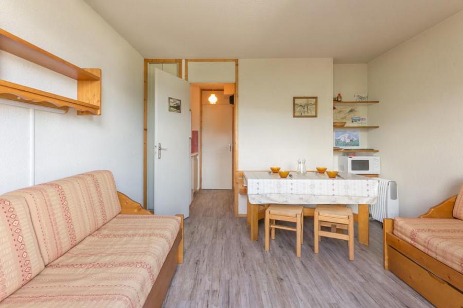 Holiday in mountain resort Studio 4 people (ROC27) - La Résidence les Roches - Montchavin La Plagne - Bench seat