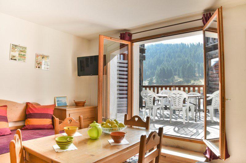 Vacances en montagne Studio cabine 5 personnes (NG11) - La Résidence Neige et Golf - Montgenèvre - Table