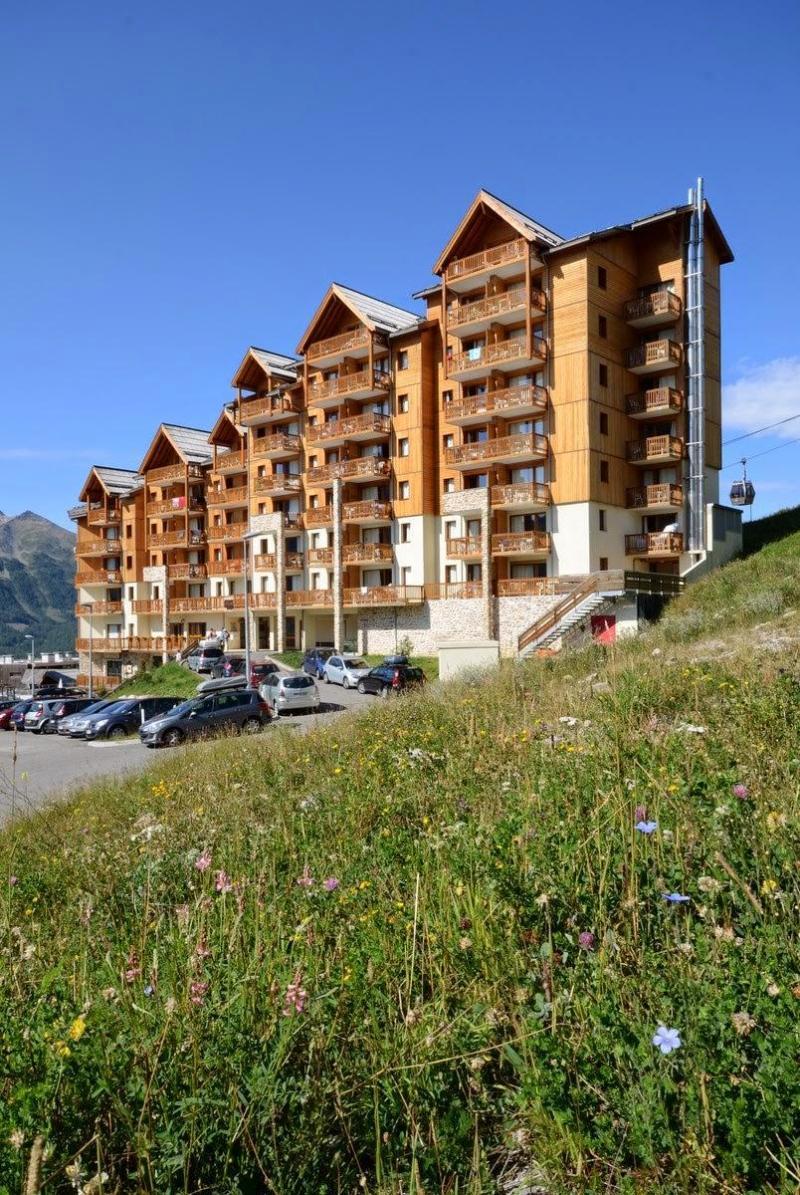 Vacances en montagne La Résidence Rochebrune - Orcières Merlette 1850 - Extérieur été