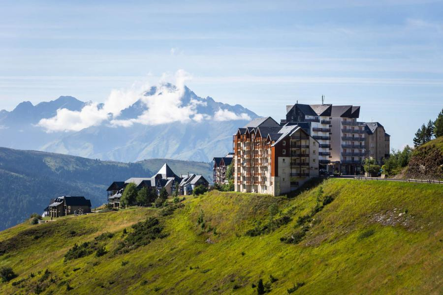 Location au ski La Résidence Royal Peyragudes - Peyragudes - Extérieur été