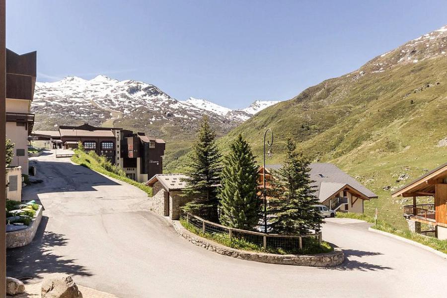 Soggiorno sugli sci Appartamento 2 stanze con alcova per 5 persone (1111) - La Résidence Ski Soleil - Les Menuires - Esteriore estate