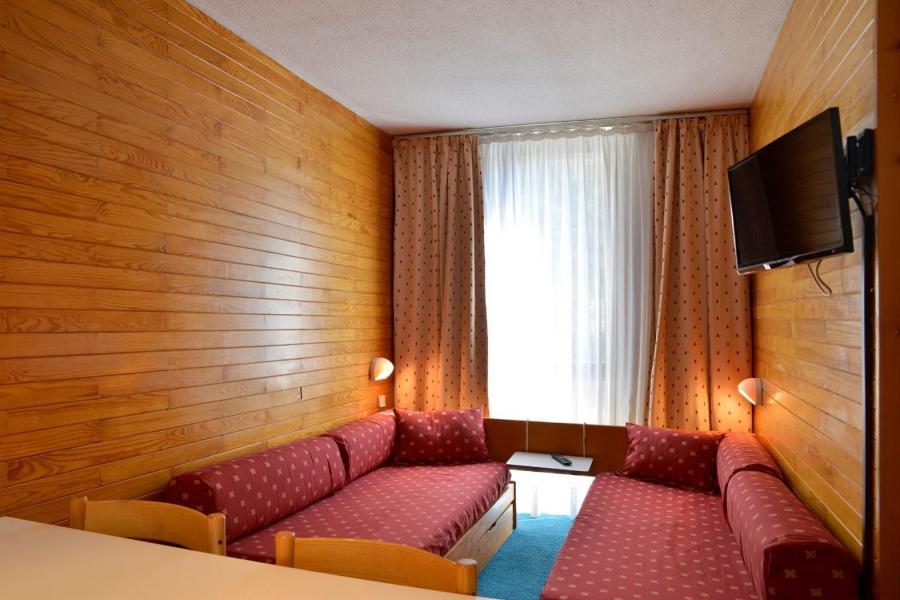 Holiday in mountain resort Studio 4 people (318) - La Résidence St Jacques - La Plagne