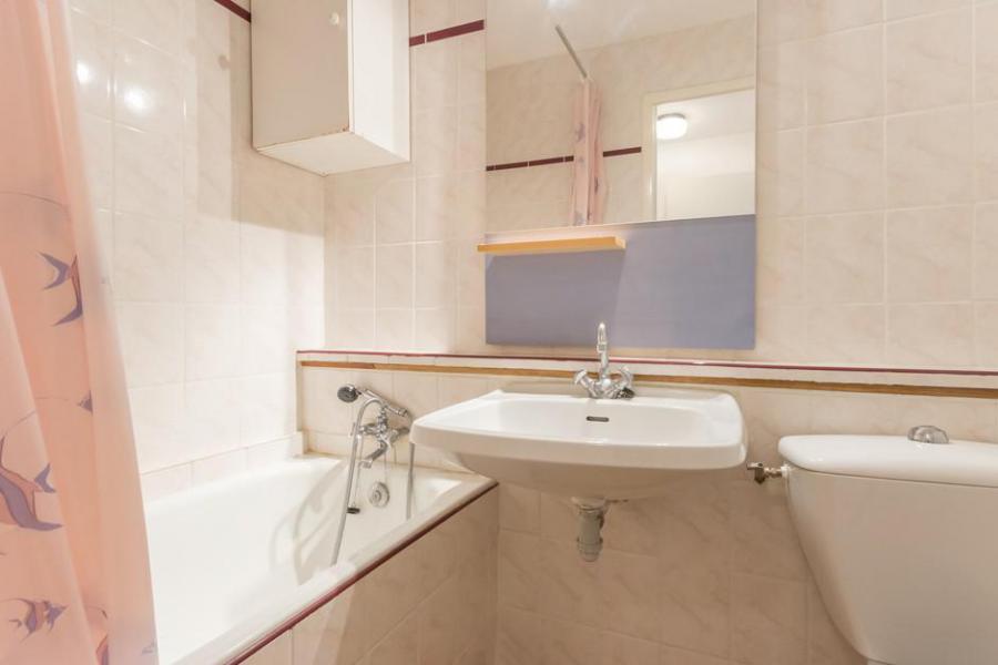 Holiday in mountain resort Studio 3 people (0205) - La Résidence Vostok Zodiaque - Le Corbier - Bathroom